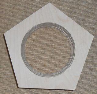 ausgelaserte Bausatzteile für Dodekaeder-Lautsprecher