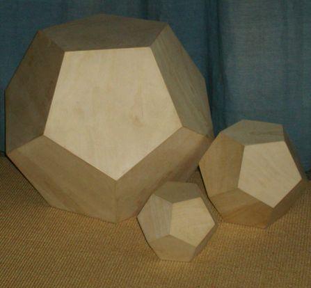 platonische Körper -->Birke Multiplex Pentagondodekaeder