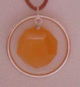 Dodekaeder-Schmuckanhänger Orange Calcit mit Silberring